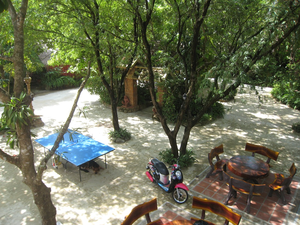 Le jardin phnom penh avec recontitution des sites d 39 angkor for Au jardin guest house riebeeckstad